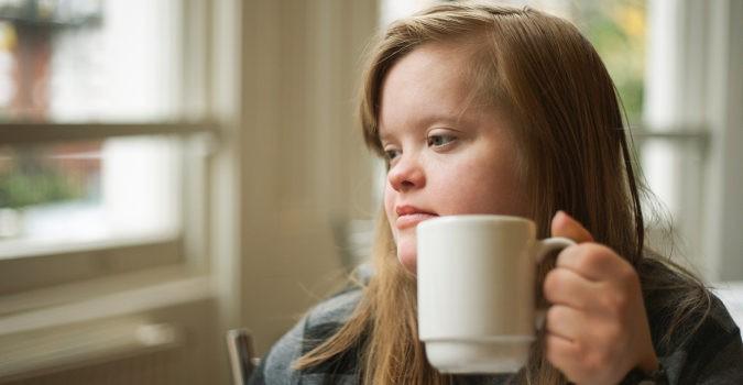 El Síndrome de Down no se cura, pero sí se puede mejorar mucho gracias a la atención temprana y las terapias
