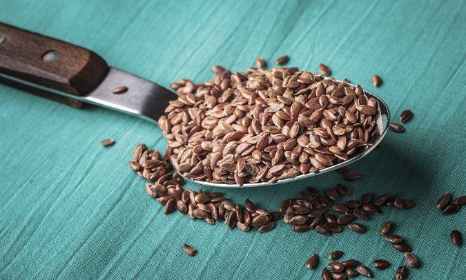 Puedes tomar las semillas de lino de muchas formas diferentes