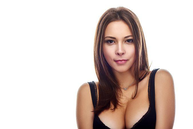 La mamoplastia es la operación de pechos más popular entre las mujeres