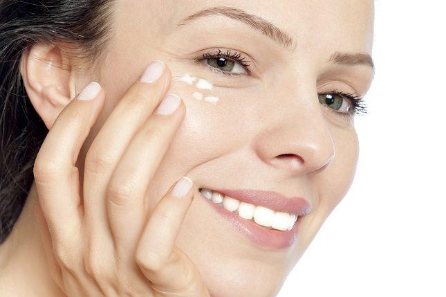Muchas personas usan hemoal con el fin de eliminar las ojeras de los ojos