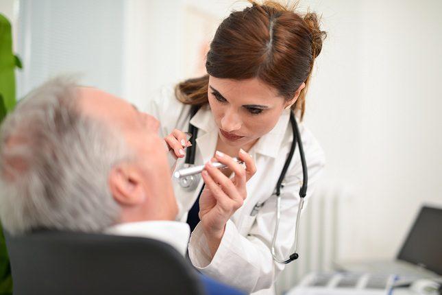 La amigdalitis se suele deber a un tipo de infección vírica