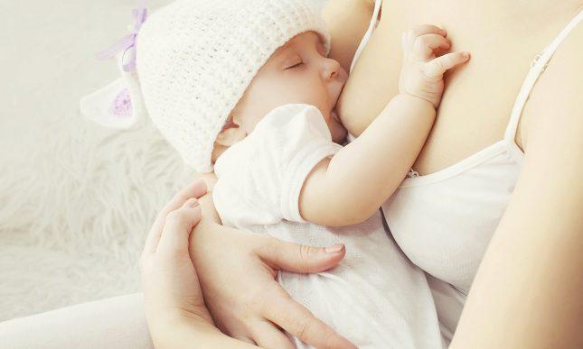 Dar el pecho la bebé puede ayudar a regular la diabetes