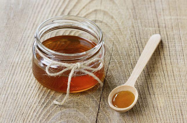la miel es un producto natural que favorece al correcto funcionamiento de los intestinos