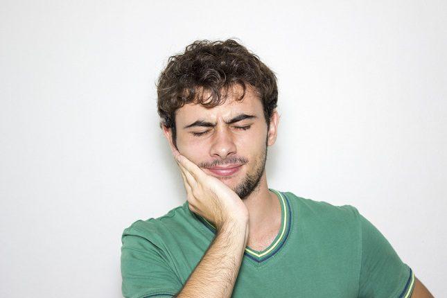 Son muchas las causas que pueden provocar candidiasis bucal