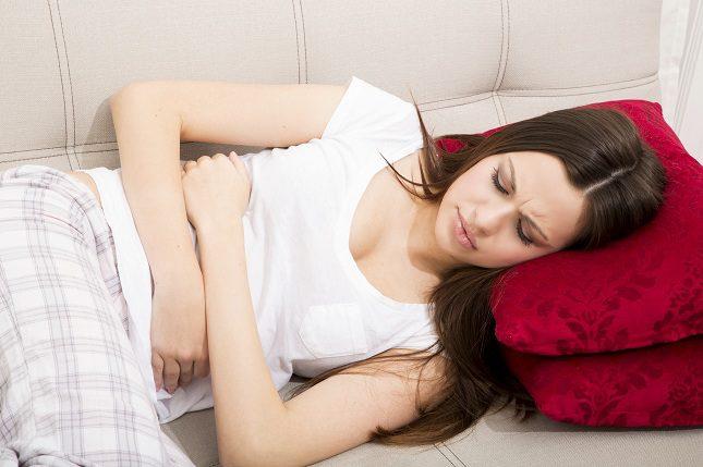 Durante las primeras semanas de embarazo es normal un flujo vaginal marrón es común
