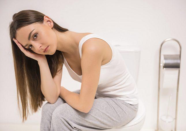 Las hemorroides trombosadas son causadas por el <b>aumento de esfuerzo realizado a la hora de ir de vientre
