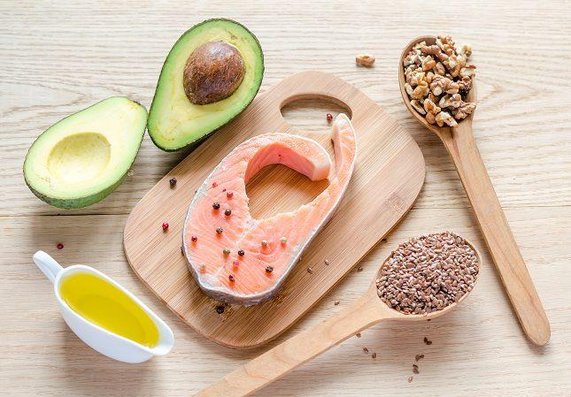 El omega 3 y 6 son ácidos grasos esenciales para el organismo del ser humano