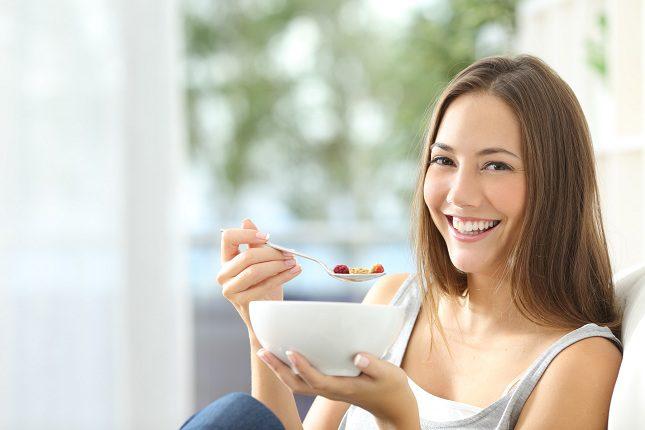 El consumo abusivo de comida es un trastorno que al igual que la dependencia de sustancias como el alcohol y las drogas