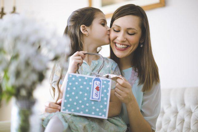 Hoy en día es frecuente que los niños reciban multitud de regalos en distintos momentos