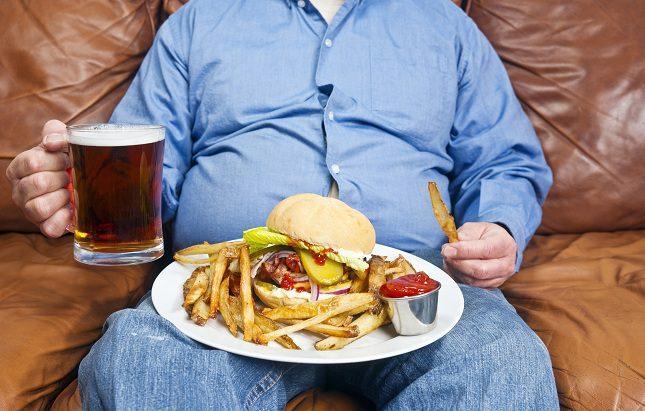 El apetito es lo que causa esos kilos de más pues se come de manera irracional e impulsiva
