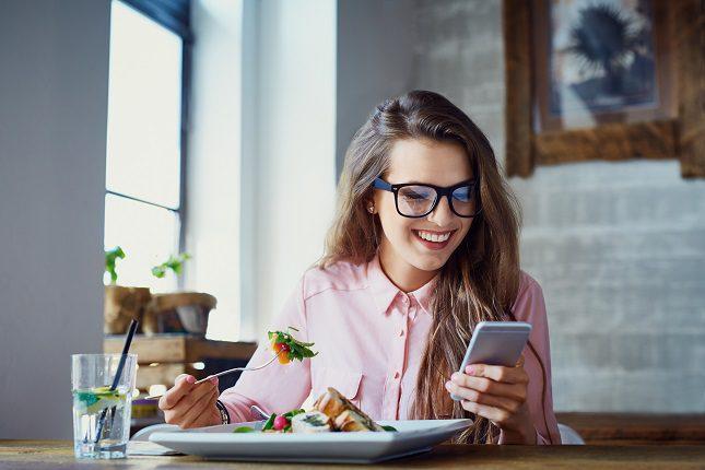 Prácticamente todos los restaurantes cuentan con platos que no dan al traste con tu dieta
