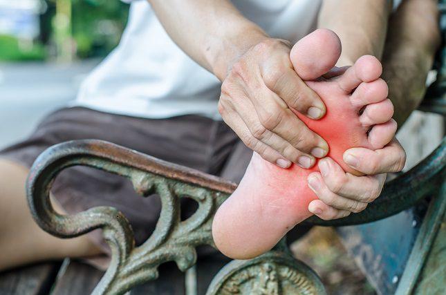 La fascia plantar se sitúa en la planta del pie
