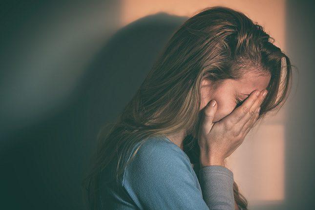 Otra preocupación que aparece cuando una persona tiene la autoestima baja es que ésta pueda caer en una depresión