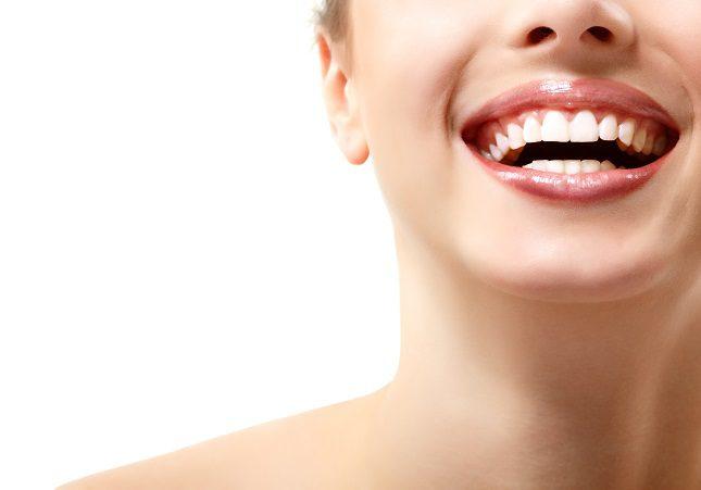 Pide cita a tu dentista cada medio año para una revisión de tus dientes