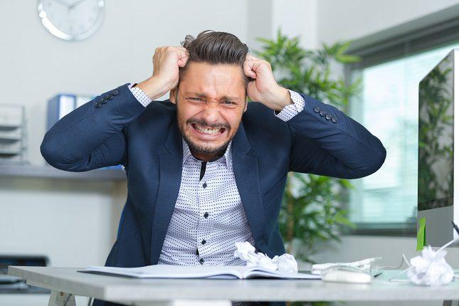Cuando sientes que hay una situación que te reta, detiene todo lo que estás haciendo durante un minuto
