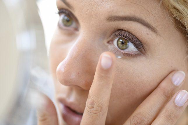 Una vez hayas adquirido las lentillas es recomendable que las conserves siempre de forma adecuada