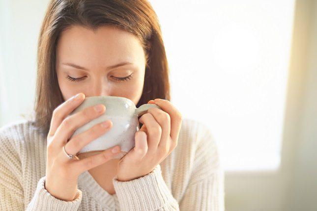 El consumo excesivo de cafeína puede oscurecer la legibilidad de las mamografías