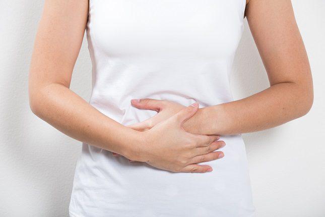 La vía de entrada será el orificio anal y se irá pasando por todo el intestino grueso hasta llegar al colon
