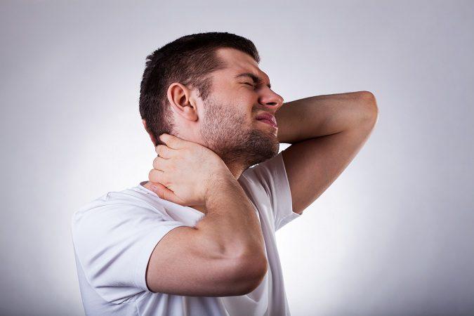 El dolor de cuello puede ser tan constante que puede volverse permanente