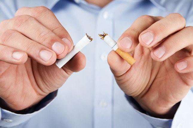 Renuncia al exceso de alcohol y al tabaco si quieres mantener la próstata sana