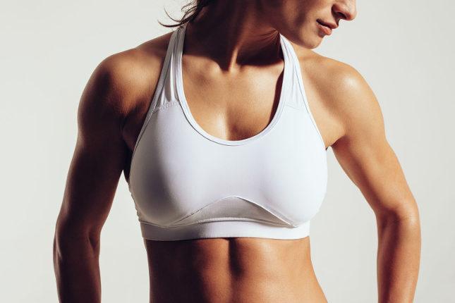Si realizar ejercicio, sí es recomendable llevar un sujetador adaptado