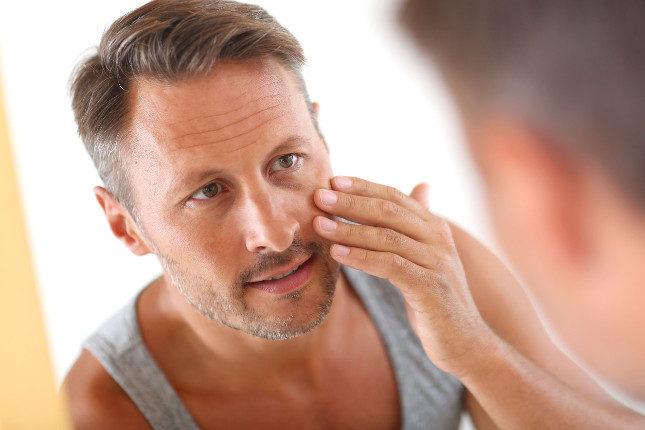Si notamos el crecimiento de vello facial y aparición de acné, podríamos tener los triglicéridos altos