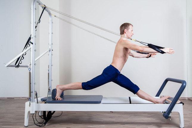El pilates original era con máquinas, pero después ha ido adaptándose a suelo