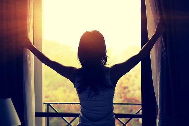 Levantarse temprano es algo que a muchos de nosotros nos cuesta la misma vida cada mañana