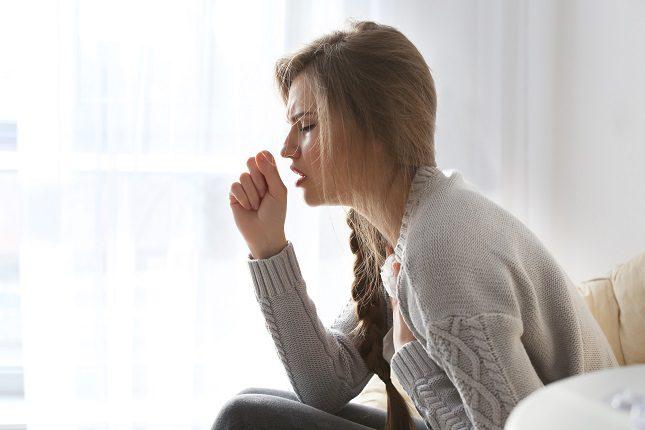 La tos aguda es una clase de tos que se produce de una manera súbita