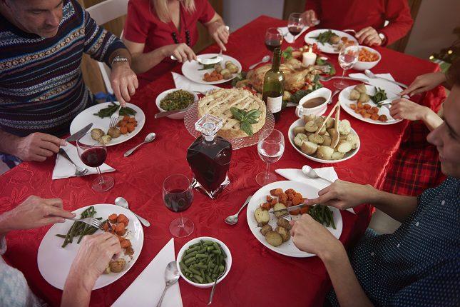 Las cenas o comidas familiares siempre han sido un motivo de preocupación para todos