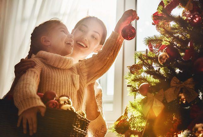 Con ayuda de tus hijos, de tu pareja o de tu familia podeis escribir y cantar vuestros propios villancicos