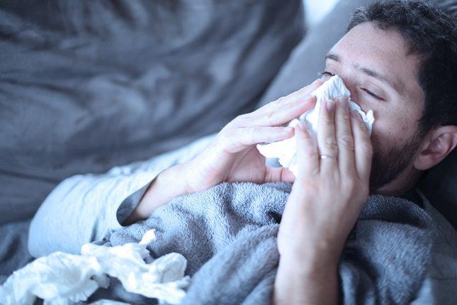 En el caso del resfriado el tratamiento es muy similar al de la gripe