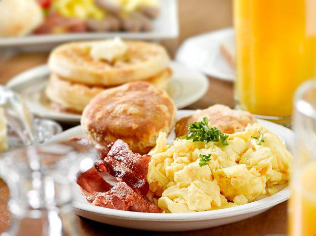 Los huevos son uno de los alimentos que más proteínas tiene