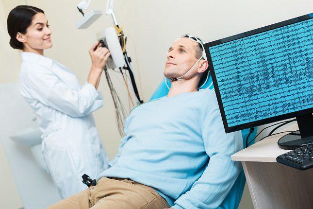 Hay una serie de factores de riesgo que pueden provocar que una persona sufra dicha afección cerebral