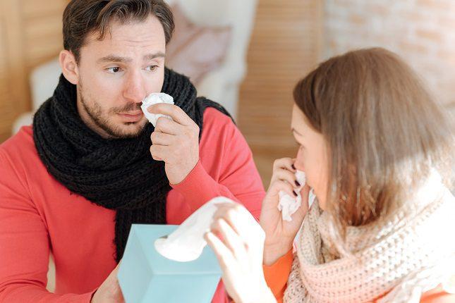 La gripe tiene mucha producción de tos y moco