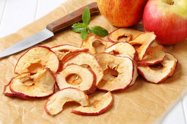 Si te gustan las chips más dulces, entonces piensa en las chips de manzana