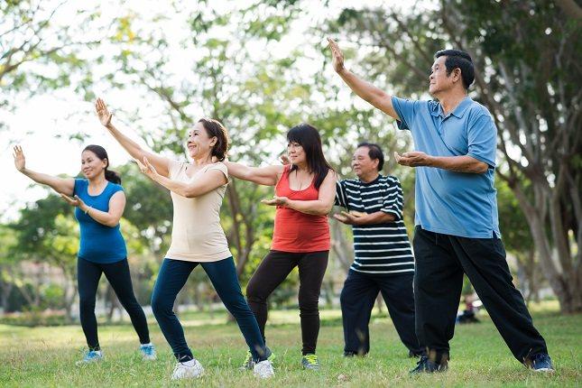 Practicar el taichí es altamente recomendable para todo el mundo
