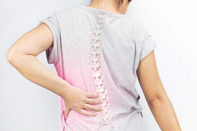 La escoliosis cuando es de moderada a grave puede ser realmente debilitante y muy dolorosa