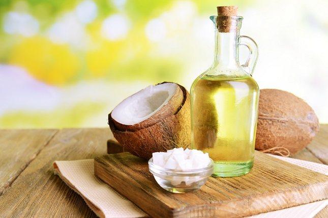 El aceite de coco tiene grasas saturadas