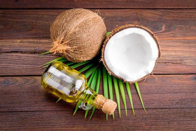 El aceite de coco puede tener grandes ventajas para la piel