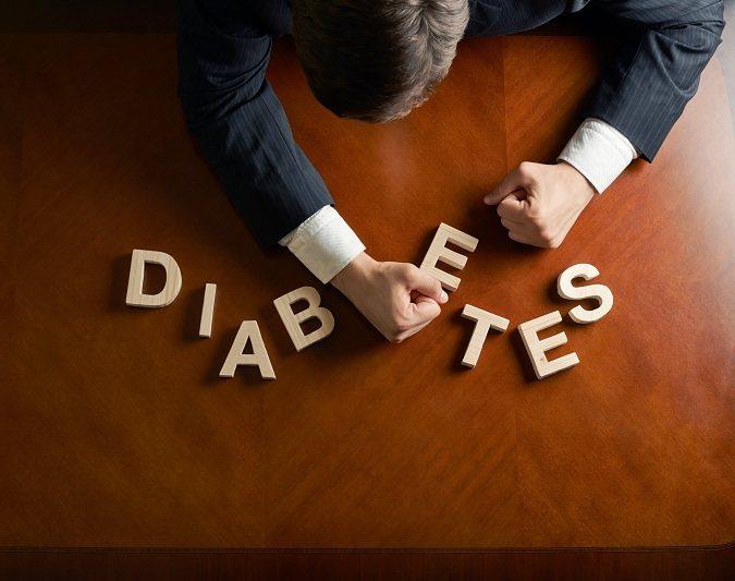 No hay síntomas de hiperglucemia hasta que el nivel de azúcar en la sangre es bastante alto