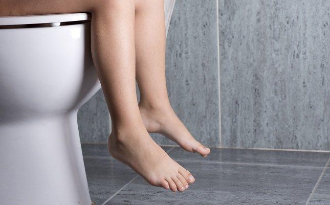 Muchas personas tienen por costumbre pasar tiempo de más en el baño