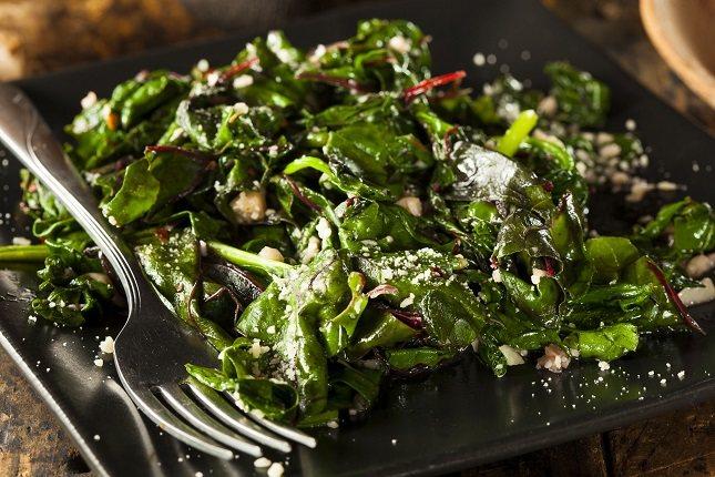 Las heces pueden ser verdes como resultado de haber comido alimentos verdes