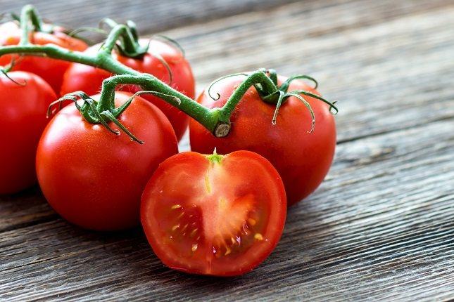 Existe una gran cantidad de nutrientes que promueven la salud en los tomates