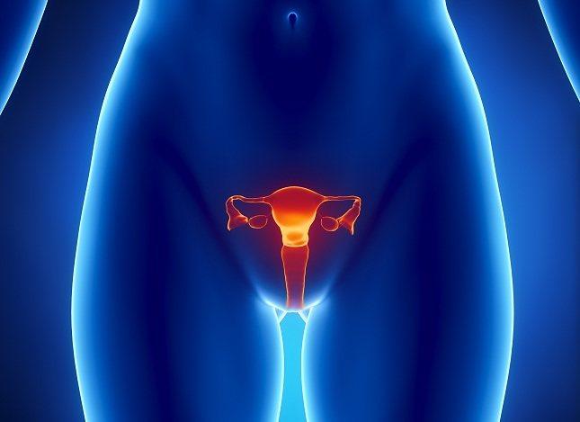 Rociar tu vulva con agua fría puede ayudarte a calmar el picor