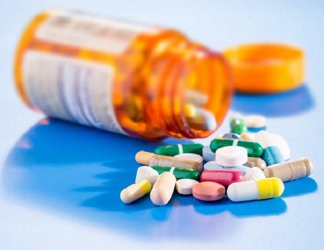 Los antibióticos matan a las dos bacterias, las buenas y las malas