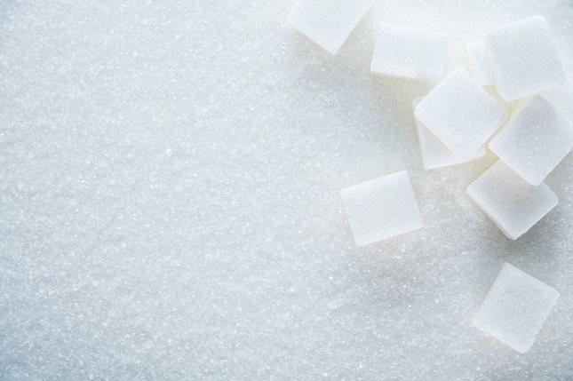 No es necesario que comas productos azucarados en exceso o procesados