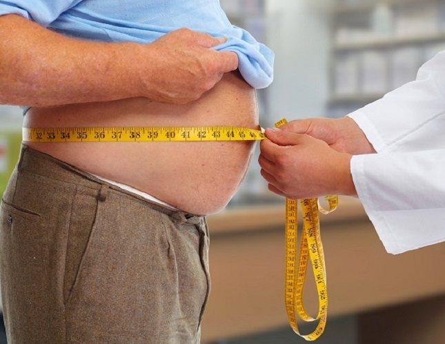 El envejecimiento también contribuye al aumento de peso natural en muchos adultos