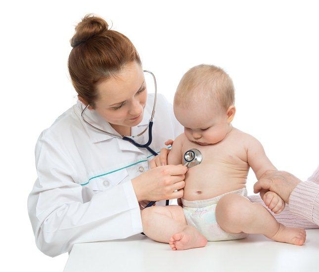 A la hora de realizar un buen diagnóstico, el médico debe auscultar el pecho