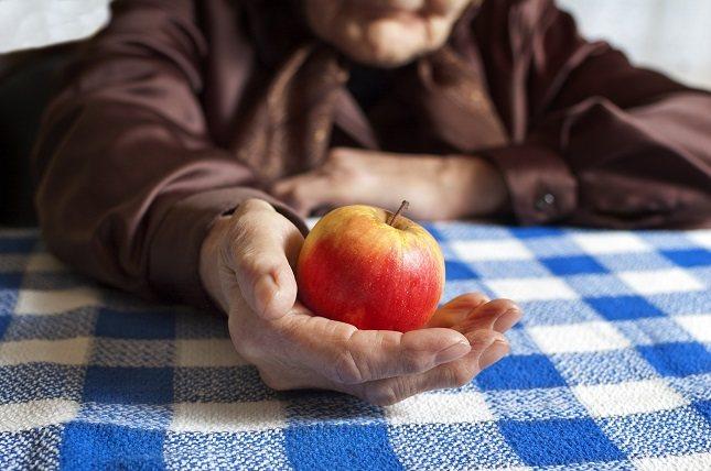 La mayoría de las personas con más de 80 años, desarrollan una pérdida progresiva del apetito